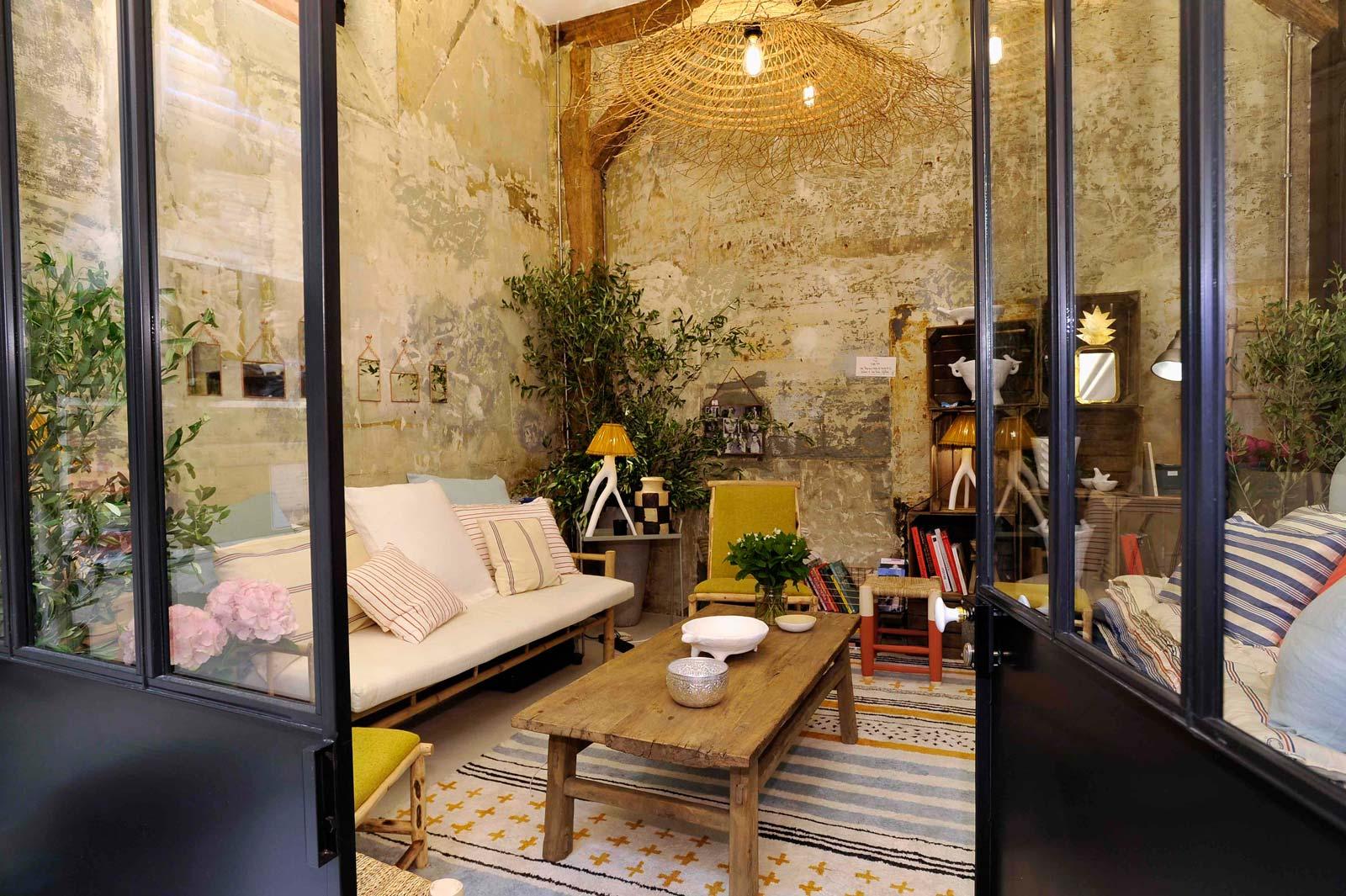 La boutique di ines de la fressange a parigi moda e lifestyle for Interni parigini