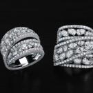 Crivelli, anello a fascia in oro bianco e diamanti di diverso taglio