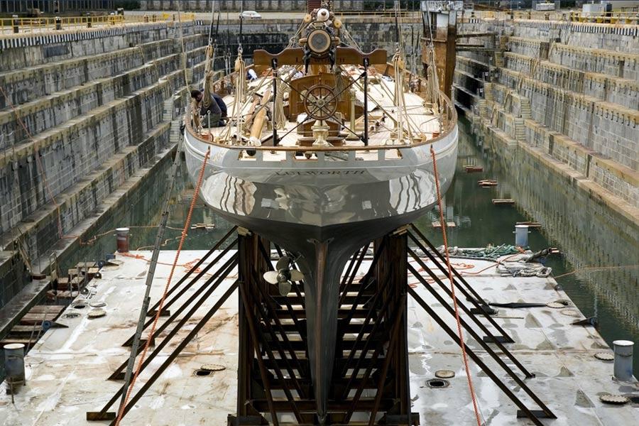 Riccardo-Barthel-arredamento-lusso-firenze-yachts-lulworth