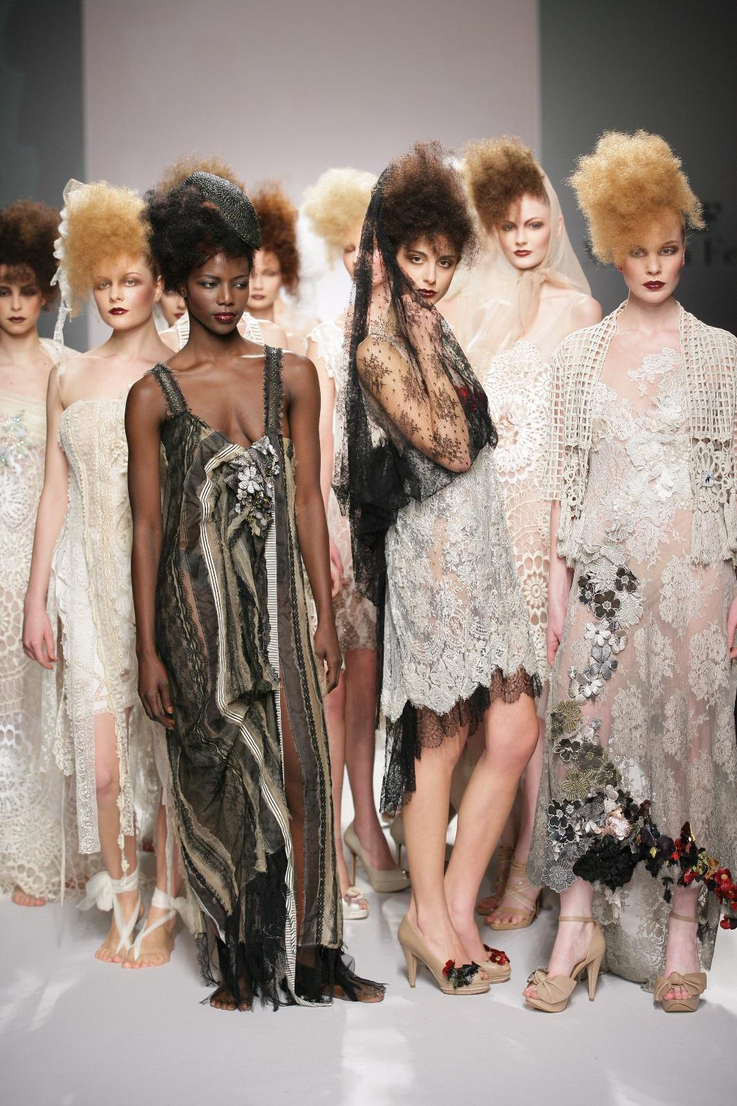 53e78f9c97db Marella Ferrera - L alta moda a Catania - THE DUCKER