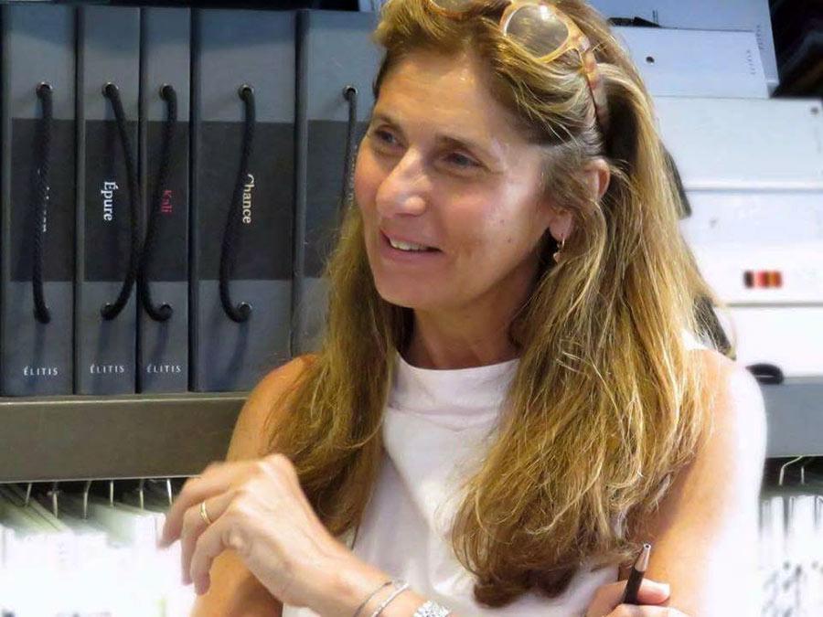 complementi d'arredo - Rosalina Girone, titolare di casa marbrisa a palermo
