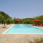 La Masseria Moscala immersa in un lussureggiante giardino siciliano