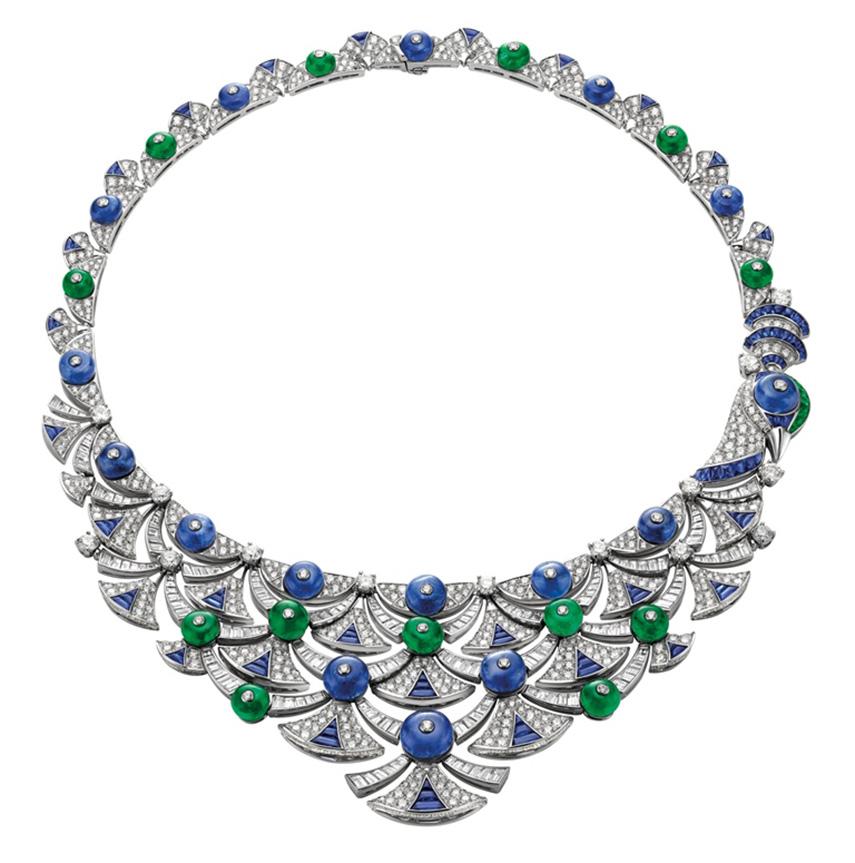 Bulgari gioielli - Collana Bulgari Diva's Dream Gioco e Vanità HJ in oro bianco con zaffiri, smeraldi, diamanti