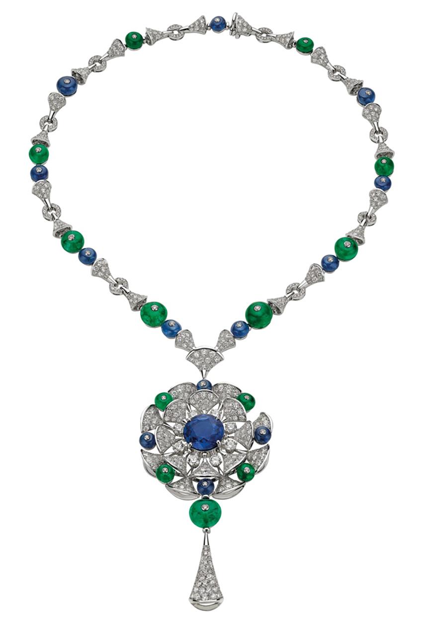 Bulgari gioielli - Collana Bulgari Divas' Dream Eleganza HJ in oro bianco con zaffiri, smeraldi e diamanti