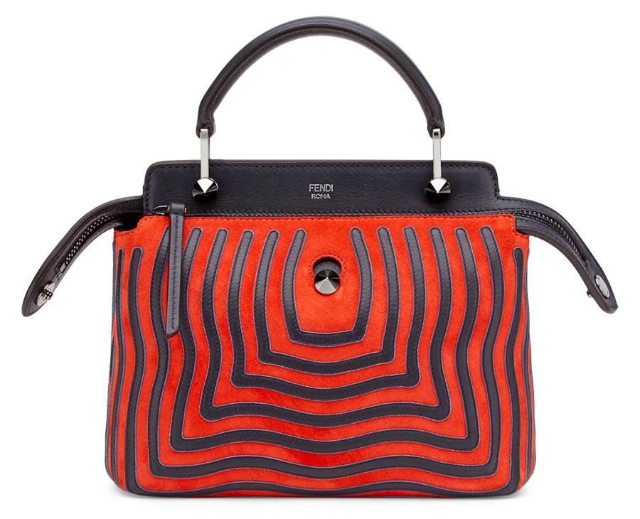 colori moda 2016 - Borsa color Aurora Red modello Dotcom Click, la nuova versione, più compatta e contemporanea, dell'iconica ed elegante borsa