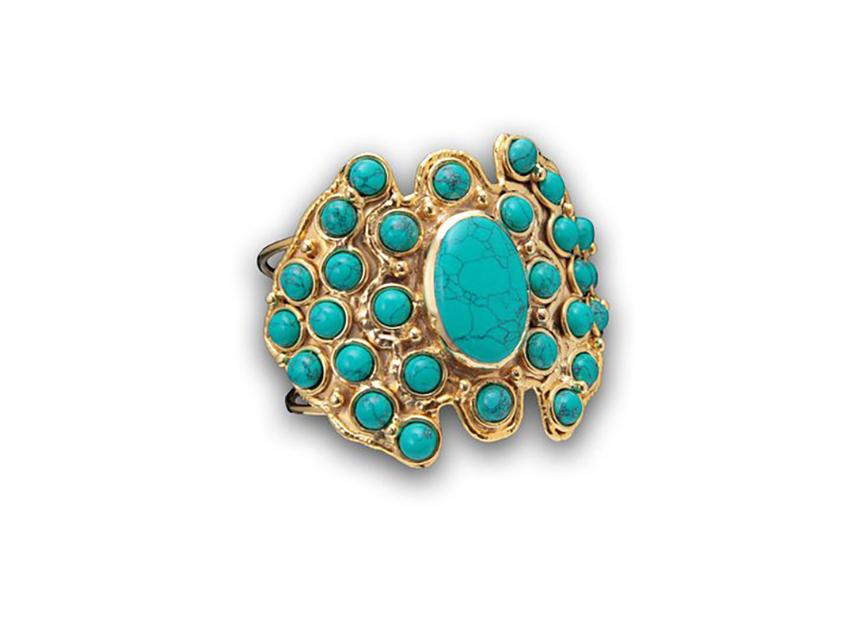 sylvia toledano anello con pietra ovale centrale e piccole pietre rotonde intorno turchesi