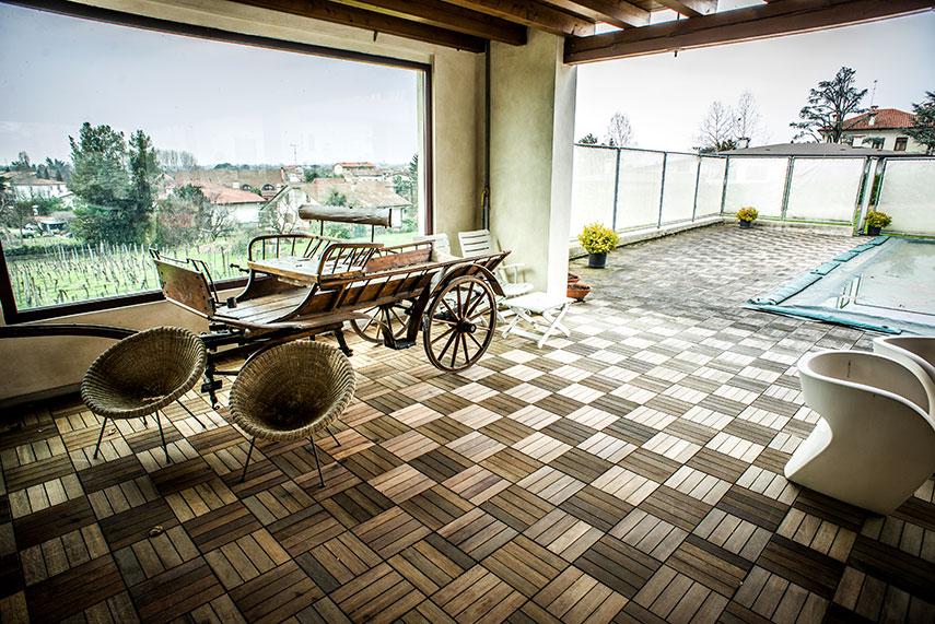 dimore storiche villa dragoni, terrazza con carretto