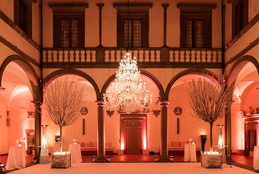Residenze d'epoca Villa Le Corti - il loggiato ad archi