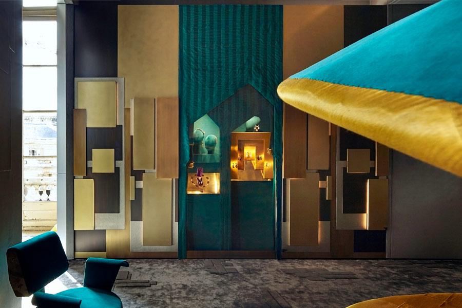 Progettazione Interni - Frammenti l'esposizione: dettaglio della parete con vetrine per gioielli