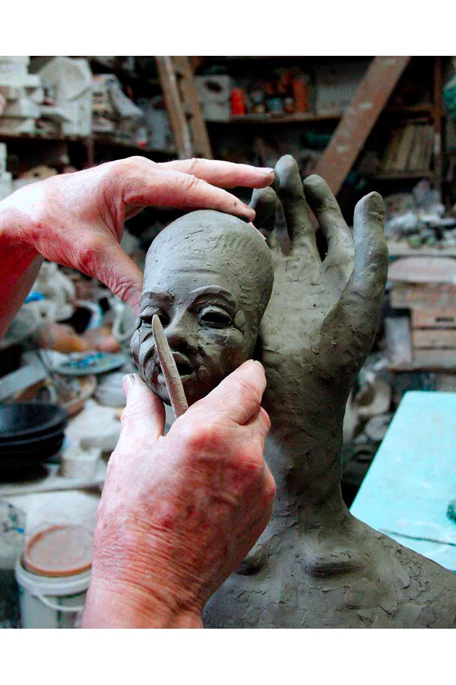 ceramista - Patti realizza un volto3