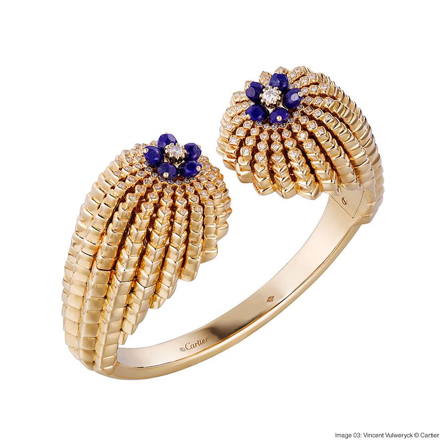 Cactus de Cartier bracelet, 18-carat yellow gold, lapis lazuli, set with 146 brilliant-cut diamonds. Foto 03