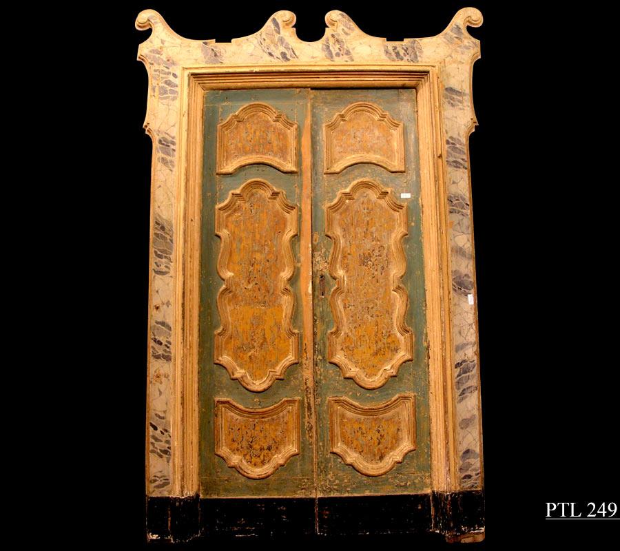 porte antiche - porta in pirma lacca dipinta in trompe d'oeil finto marmo