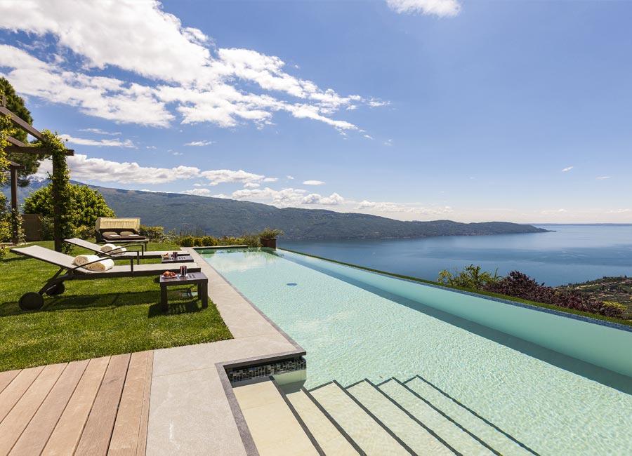 SPA Resort Lefay: dettaglio piscina