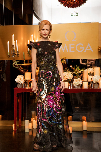 omega constellation - nicole kidman in abito da sera indossa modello cassa oro ross