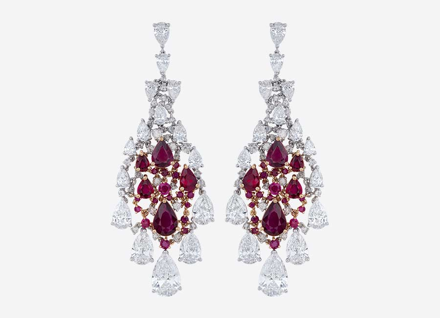 alta-gioielleria-nirav-modi-enchanted-ruby-earrings