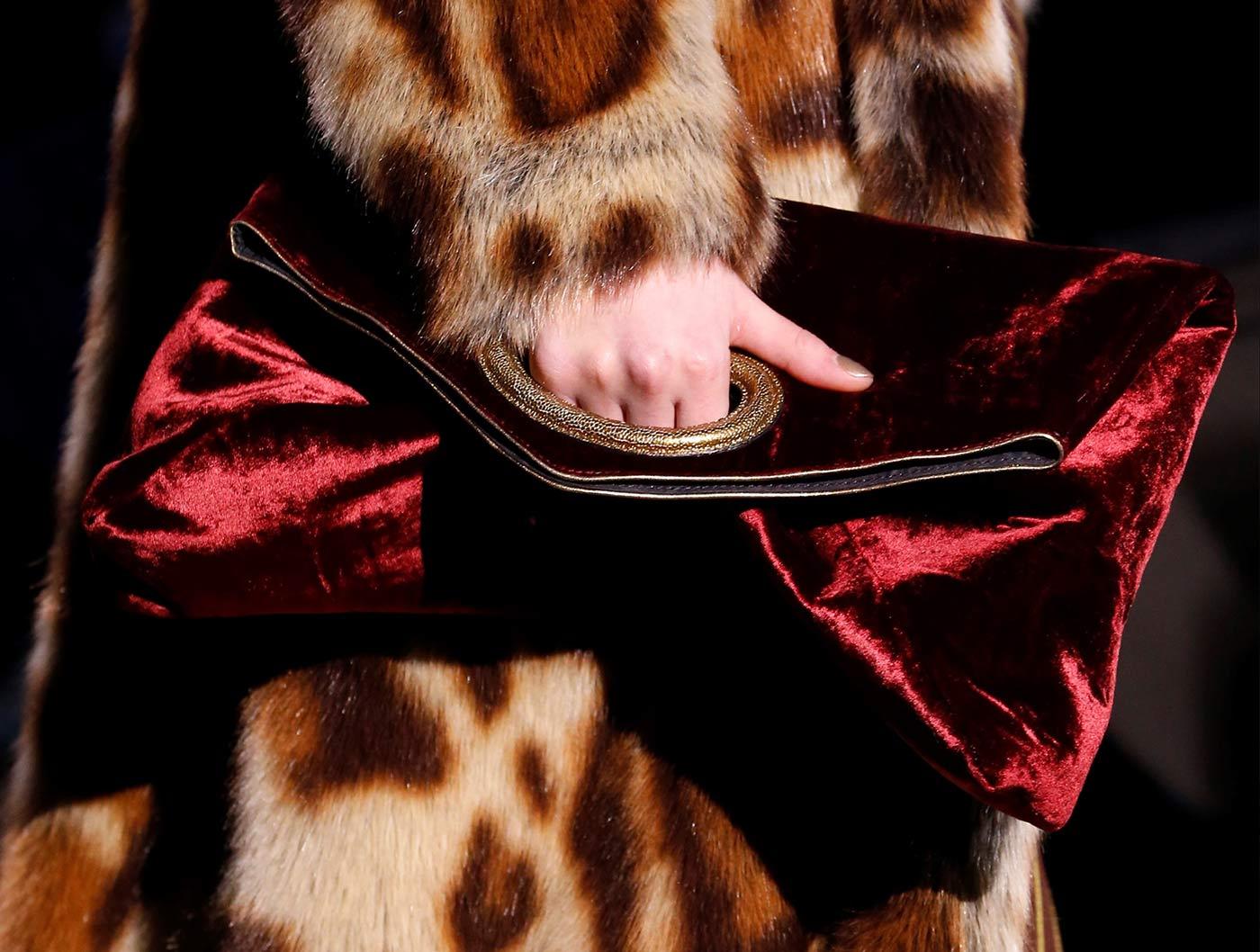 Alta Moda: clutch di Dries Van Noten