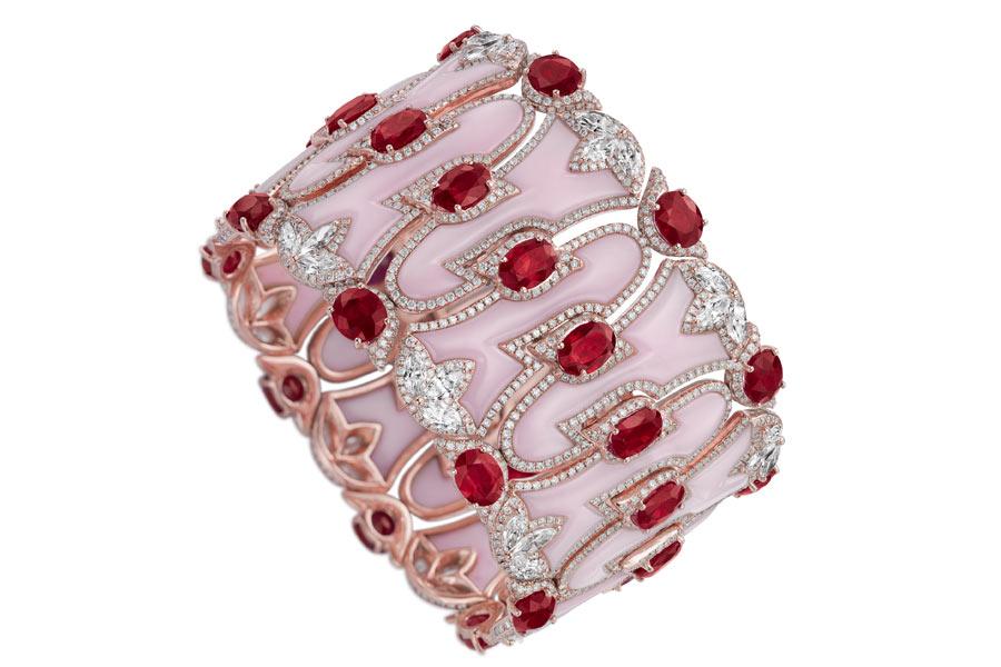 Boghossian - Bracciale composta da rubini Burma, diamanti, opali, diamanti taglio brillante