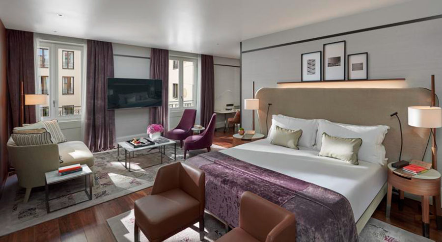 Luxury Hotel Mandarin Oriental Milan - interno camera deluxe - vista ampia