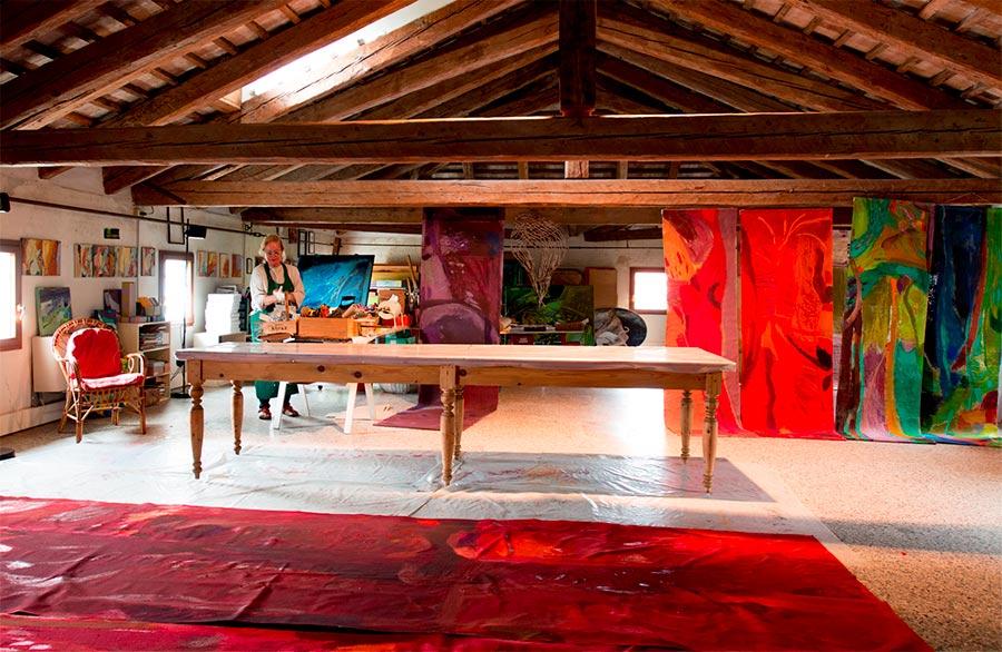 Olimpia Biasi, pittrice - lo studio