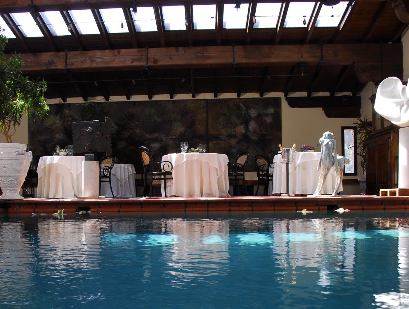 Relais e Chateaux il Bottaccio sala della piscina