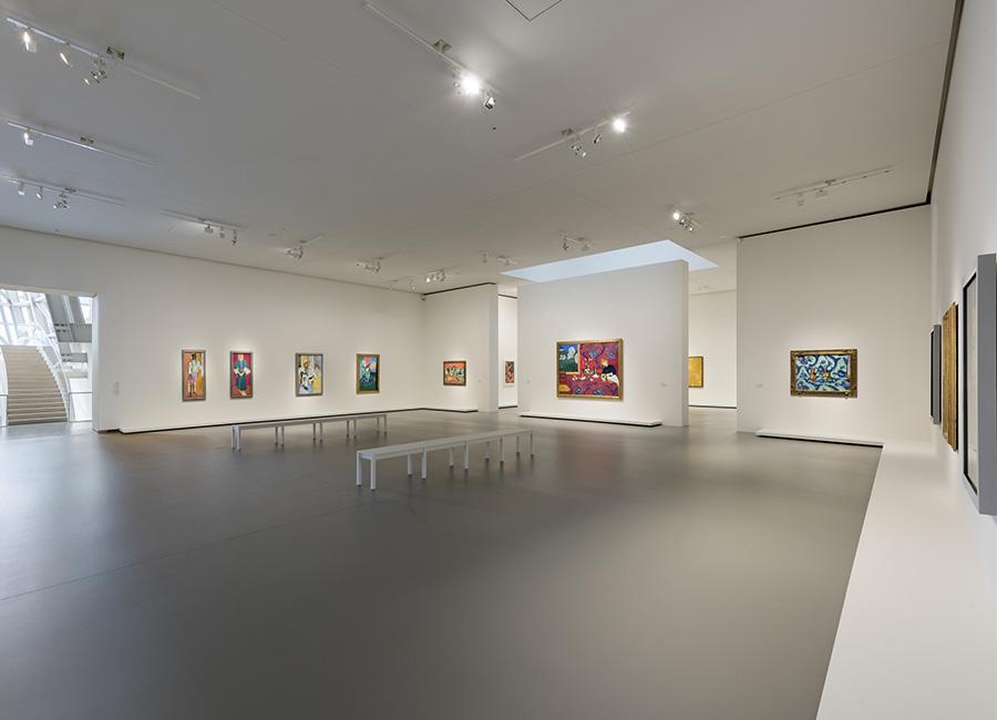 Vista interna sala 8, successione di quadri di Henri Matisse. ©Fondation Louis Vuitton / Martin Argyroglo