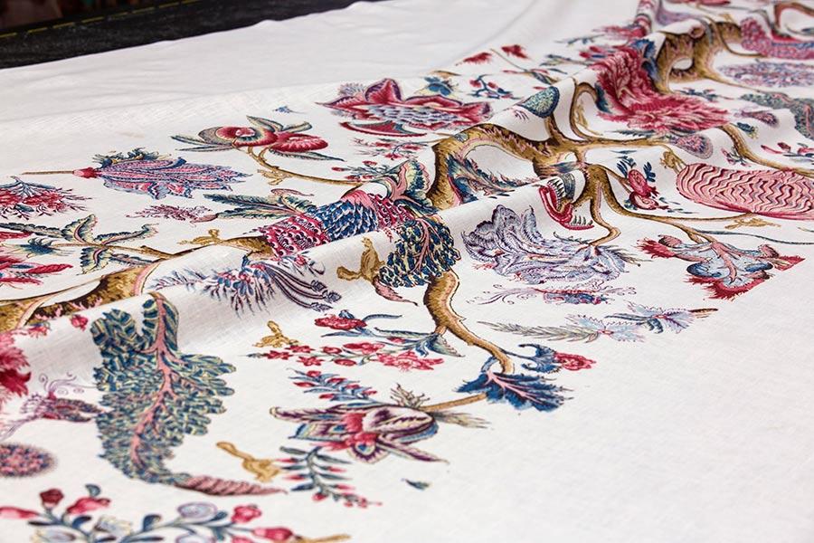 Braquenié - grand-corail-woodblock-printing-tessuto-braquenie