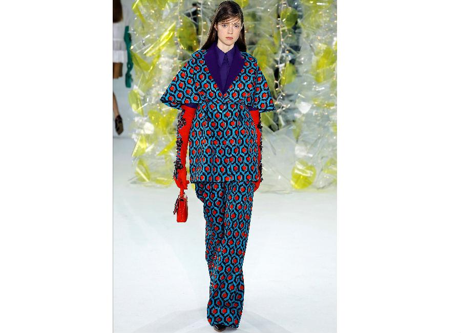 guanti-delpozo-guanti-in-pelle-rossi-al-gomito-con-perline-e-applicazioni-a-contrasto-blu-elettrico