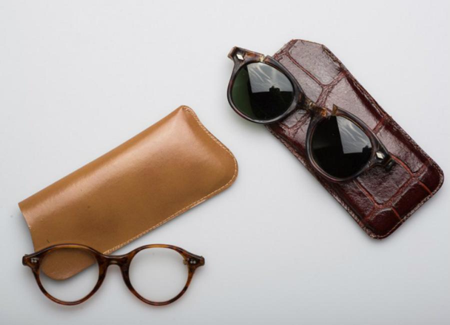 marilyn-monroe-occhiali-da-sole-e-custodie-originali-usati-da-marilyn-monroe-coll-ted-stampfer_9