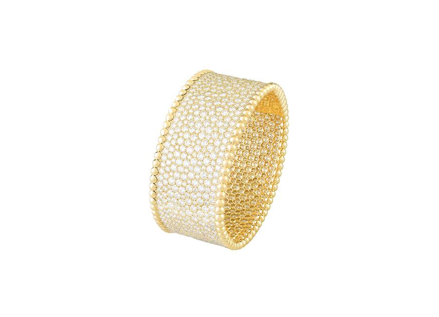 Van Cleef & Arpels - perlee-cuff-bracelet-yellow-gold-diamonds-_484418