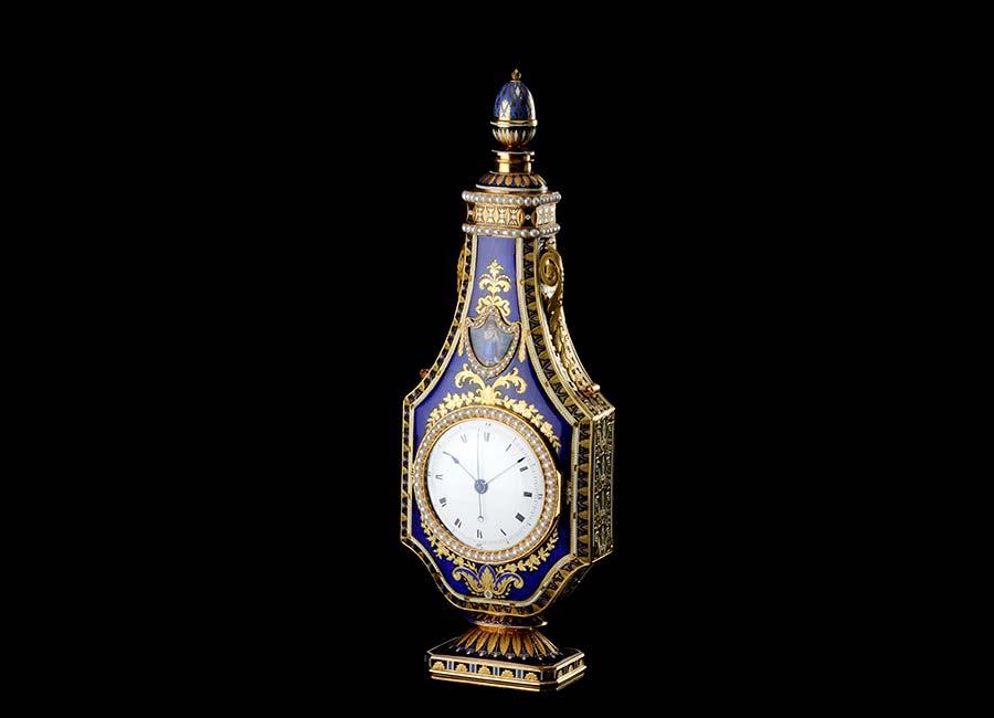 parmigiani-fleurier-oggetto-anfora-orologio