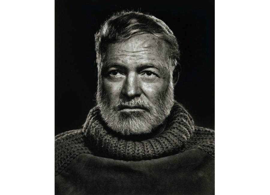 Maglione: Ernest-Hemingway-in-uno-scatto-di-Karsh-Avana-1957