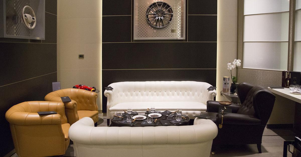 Stanza Dei Sigari History : Excelsior gallia cigar room