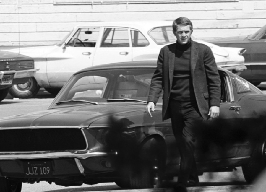 maglione: steve-mc-queen-in-una-scena-del-film-bullitt-1969