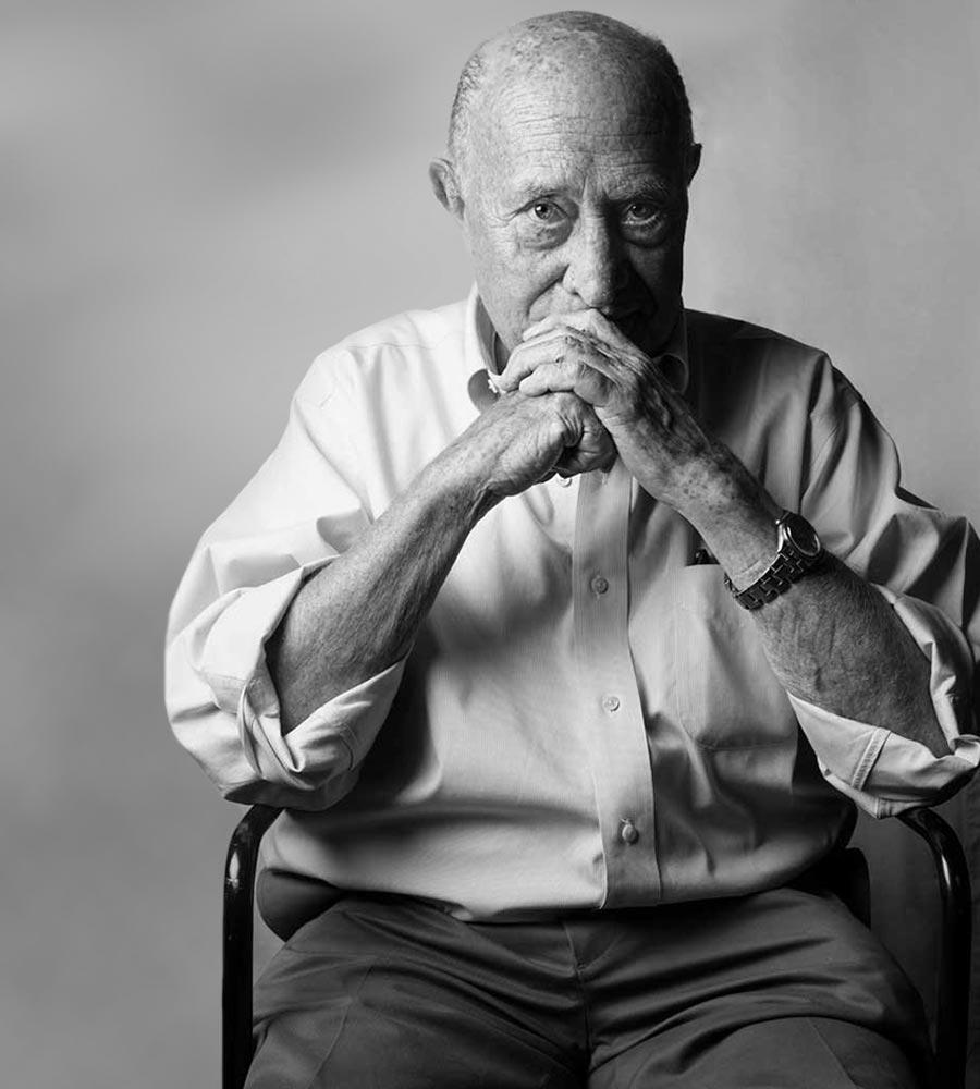 arnaldo-pomodoro-90-anni-profilo-foto0