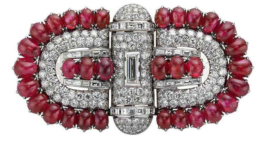 bulgari-spilla-di-platino-rubini-e-diamanti-1930