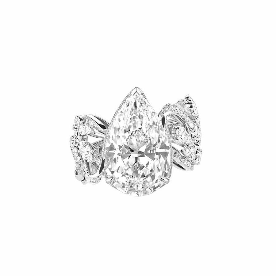 chaumet-anello-offrandes-dete-oro-bianco-diamante-taglio-pera-vista-superiore