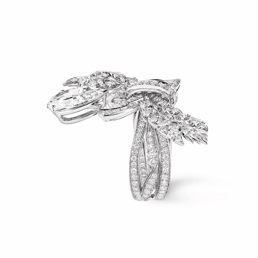 chaumet-anello-offrandes-dete-oro-bianco-diamanti-vista-laterale
