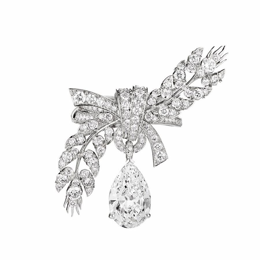 chaumet-anello-offrandes-dete-oro-bianco-diamanti-vista-superiore-2