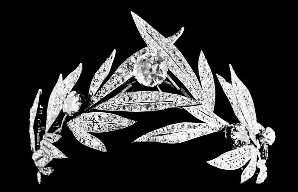 chaumet-diadema-alloro-tiara-diamanti-1885