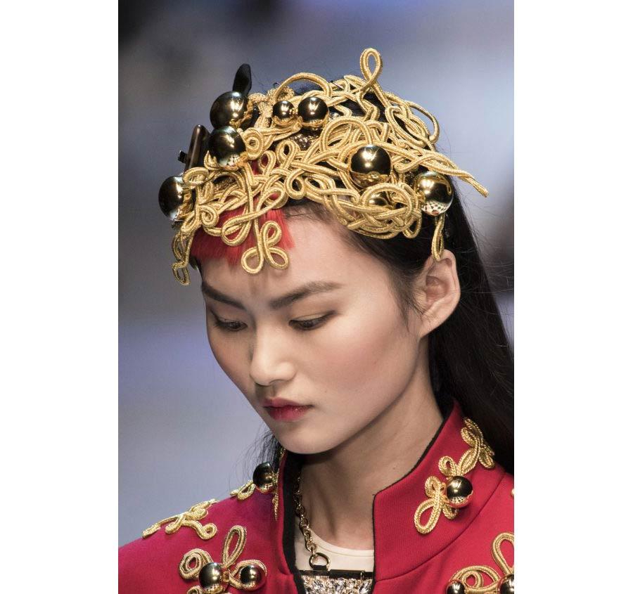 oro-golden-age-dolce-e-gabbana-accessorio