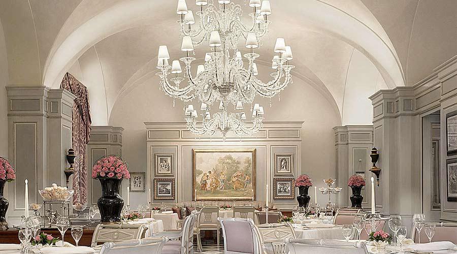 barovier & toso_lunica-illuminazione-in-vetro-di-murano_fourseasons_firenze