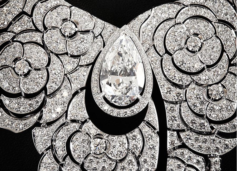 """Coco avant Chanel - Collana """"Gabrielle Chanel""""-dettagli di lavorazione"""