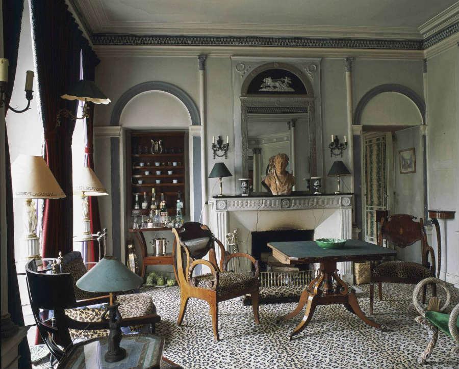 Madeleine Castaing-interior-designer-foto-6-panoramica-stile-Madeleine-Castaing-Diva-della-decorazione
