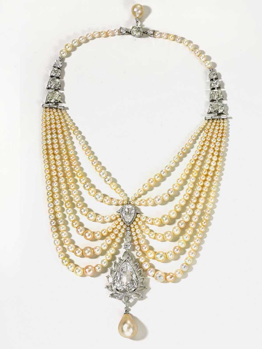 viren-bhagat-foto-11-collana-drappeggio-platino-perle-diamanti