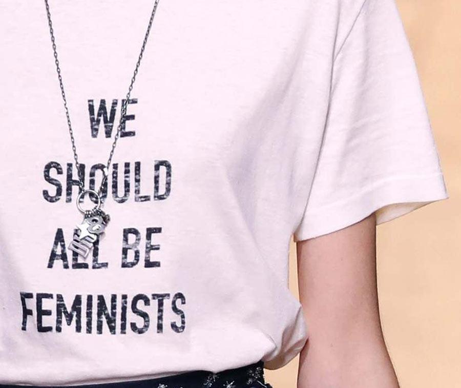 compleanno-dior-sfilata-feminist-1
