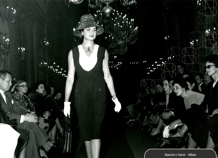 Fabiana-giacomotti-bianchi-e-nardi-sfilata-anni-50