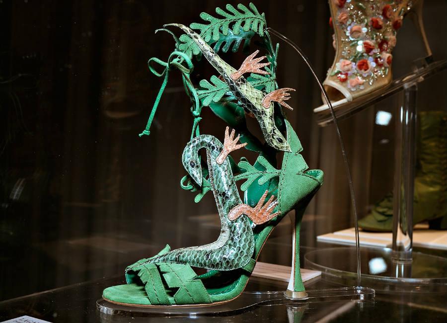 Manolo Blahnik _ The art of shoes_sandalo iguana_ credits Alberto Feltrin