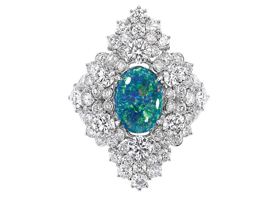 Victoire de Castellane-dior-Anello Étincelante Opale in Oro bianco, diamanti e opale nero