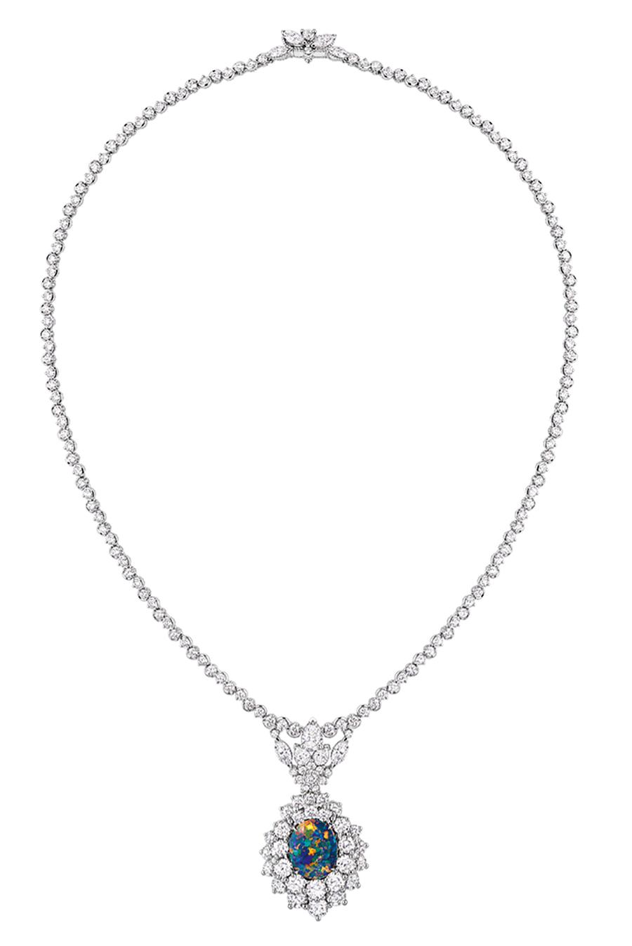 Victoire de Castellane-dior-Collana Majestueuse Opale- Oro bianco, platino, diamanti e opale nero