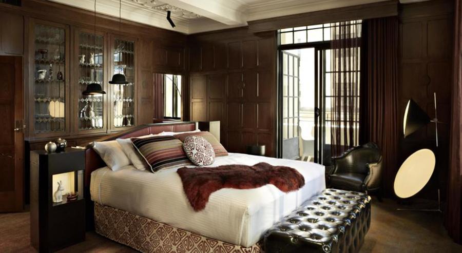 qt hotel-Foto4-Camera-Dettagli-Legno-Tessuti-Golden-Age